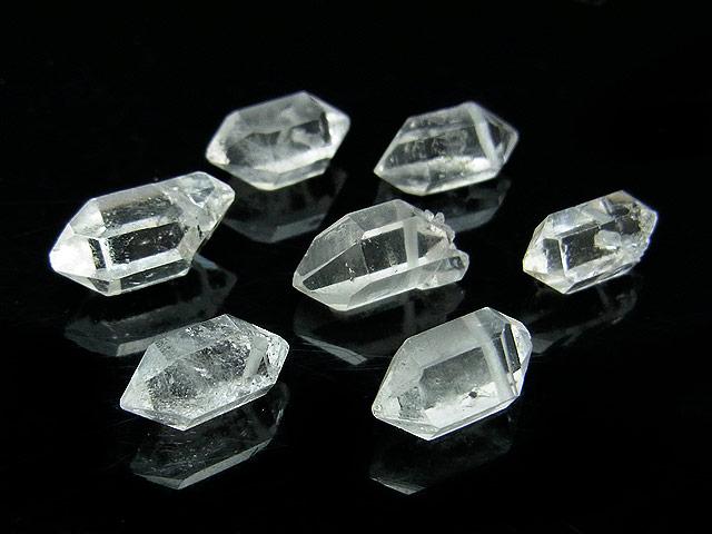 天然石の1点もの粒売りビーズ、パワーストーンも【粒販売】ニューヨーク産 ハーキマーダイヤモンド 原石ビーズ 12〜14mm【3粒販売 1,480円】