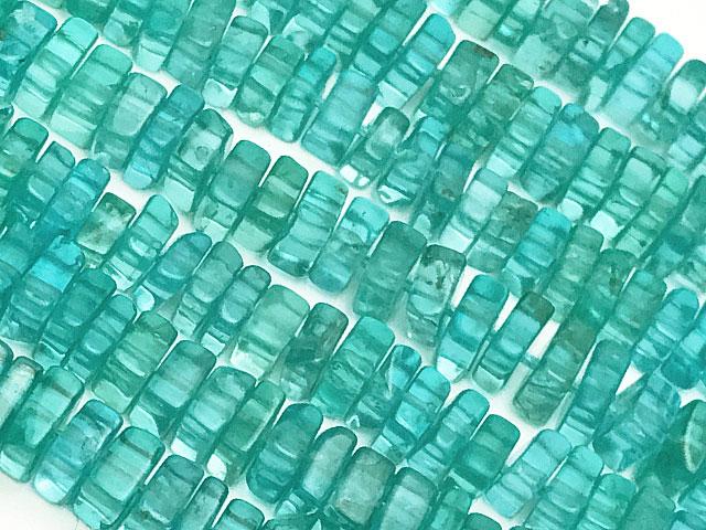 天然石ビーズ【連販売】アパタイト スクエアチップ 4〜5mm【1連 1,700円】とパワーストーン