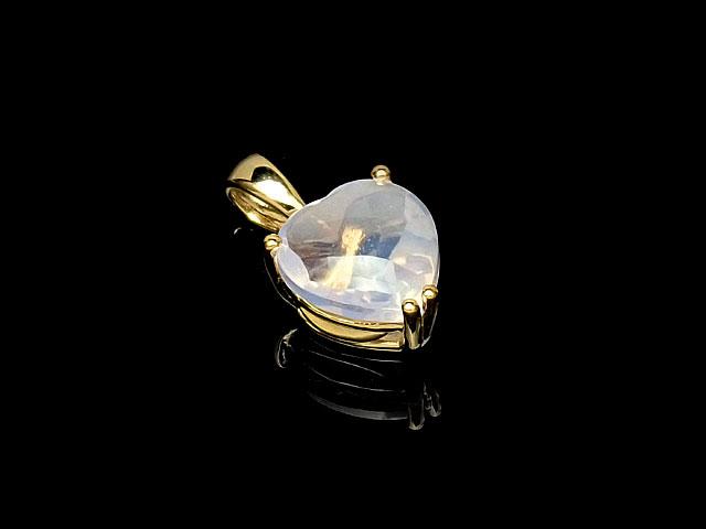 天然石スコロライト ハート型ペンダントトップ 8mm[18KGP]【1コ販売 3,600円】ビーズとパワーストーン