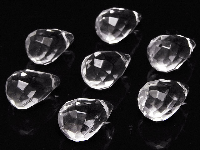 天然石ビーズ【粒販売】天然水晶 クリスタルクォーツ ドロップカット 12×8mm【5粒販売 520円】とパワーストーン