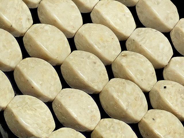 天然石【連販売】リバーストーン 4面ツイストライス 12×8mm【1連 900円】ビーズとパワーストーン