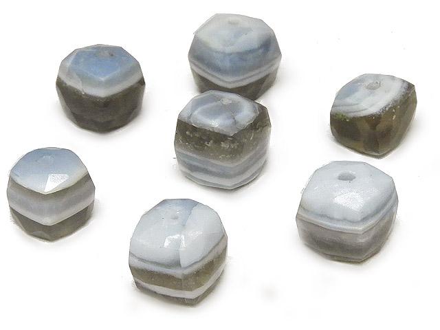 天然石【粒販売】アフリカ産 ストライプブルーオパール キューブカット 5〜8mm【3粒販売 540円】ビーズとパワーストーン