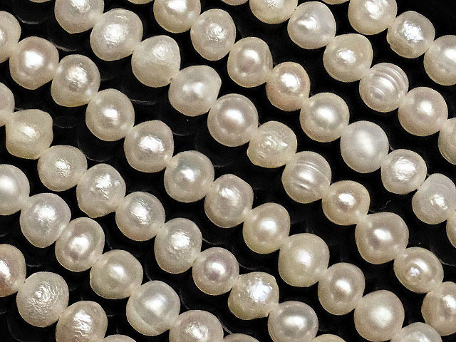 天然石【連販売】淡水真珠 ホワイトパール ポテト 2〜4mm【1連 500円】ビーズとパワーストーン