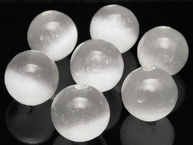 天然石【粒販売】セレナイト 丸玉 12mm【4粒販売 600円】ビーズとパワーストーン
